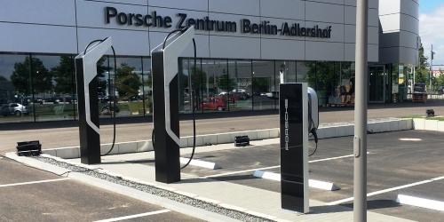 Weltpremiere: 800-Volt-Ladepark von Porsche in Berlin
