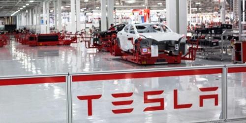 Elon Musk: Tesla baut Fabrik bei Berlin