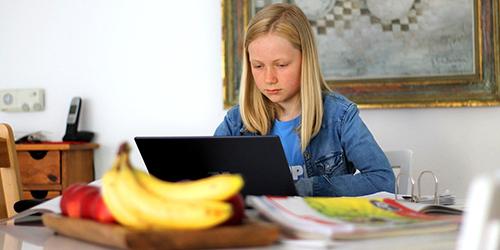 Homeschooling geht weiter: sofatutor hilft Eltern und Lehrkräften durch die Krise